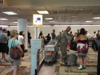 А еще в аэропорту военные, слетающиеся на День независимости....